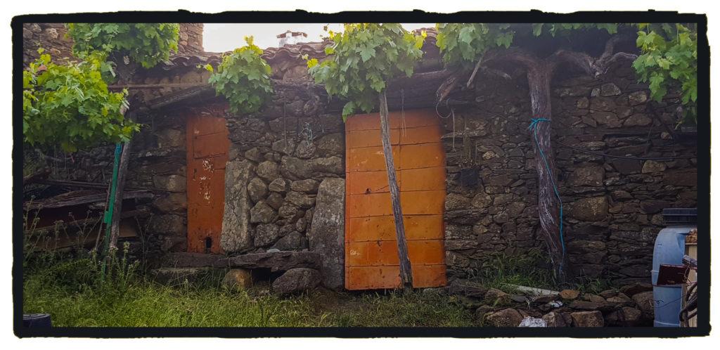 Cabaña en la que el Tío Hilario acogió a las mujeres  con patas de cabra (Israel J. Espino)