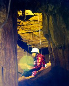 Cueva de los Postes (Fuentes de León)