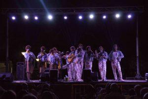 Momento de la actuación de Los 3W en Expocarnaval